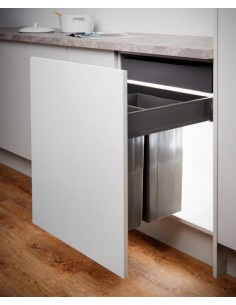 600mm Pullboy Z Waste Bin & Blum Legrabox Soft Close Runners
